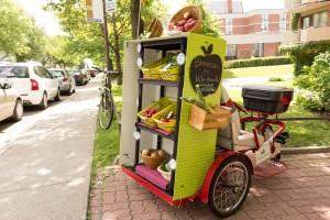 Vélomarché dans Mercier-Ouest, vendant des produits de l'agriculture locale